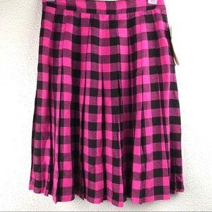 Vintage NWT Pink Black Plaid Pleated Skirt